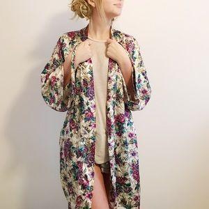 VINTAGE floral sleep kimono/robe